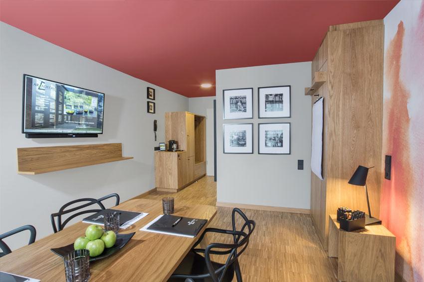 Transforming Rooms. Das Hotelzimmers wird zum Think-Tank.